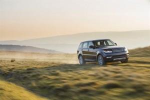 Range Rover Sport desert