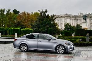 Lexus_GS_300h_01