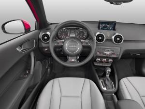 Audi A1 04