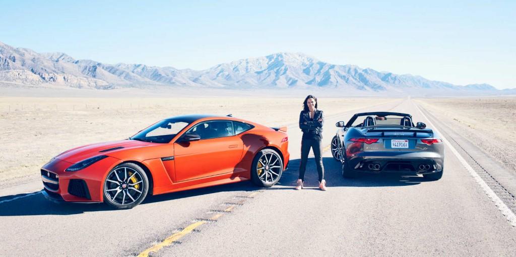 Michelle Rodríguez y el Jaguar F-Type SVR (Foto: Jaguar)