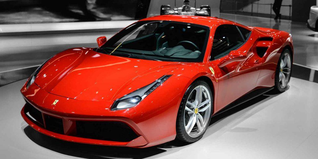 Ferrari se hibrida antes de 2010 (Foto: Emperornie / Wikimedia Commons)