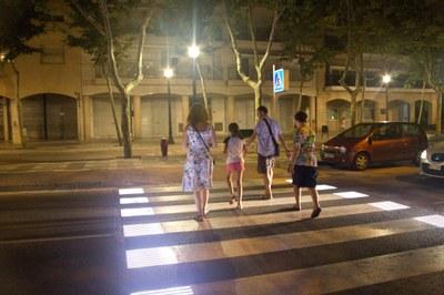 Uno de los pasos de peatones inteligentes