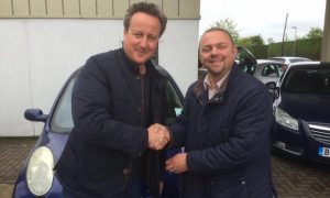 David Cameron y Ian Harris