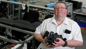 Patrick Keenan, responsable de la conectividad en Nissan
