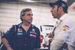 Carlos Sainz i Nani Roma (Foto: Flavien Duhamel/Red Bull)