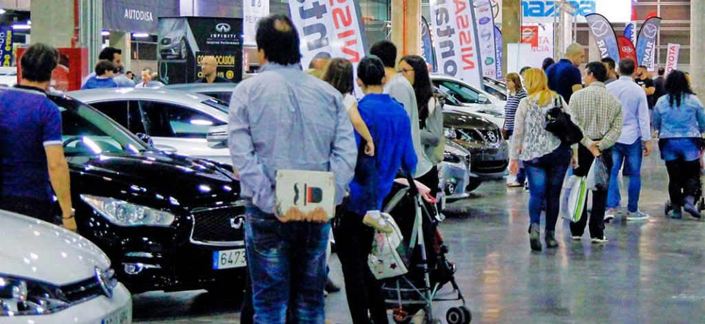 Faltan coches para cubrir la demanda del mercado del coche de ocasión (Foto: feriacoche.es)
