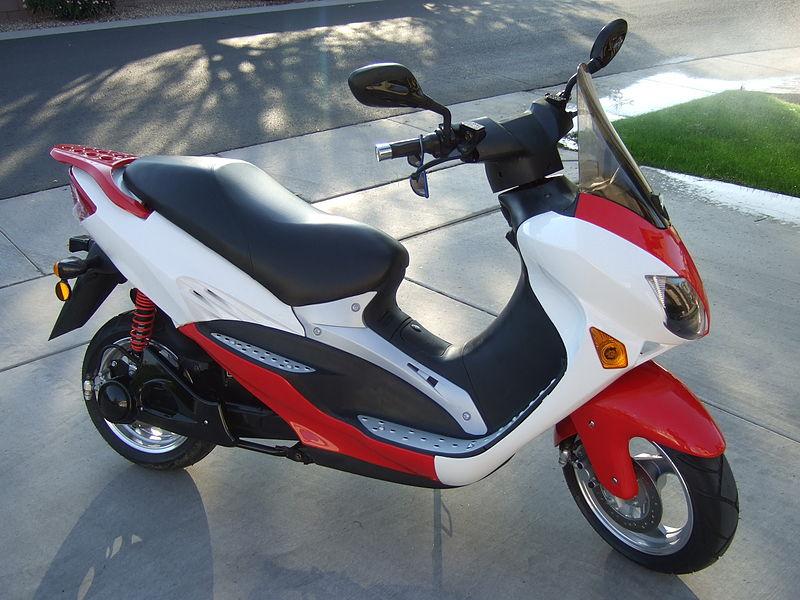 Las motos eléctricas siguen la senda del crecimiento (Foto: Daniel.Cardenas / Wikimedia Commons)