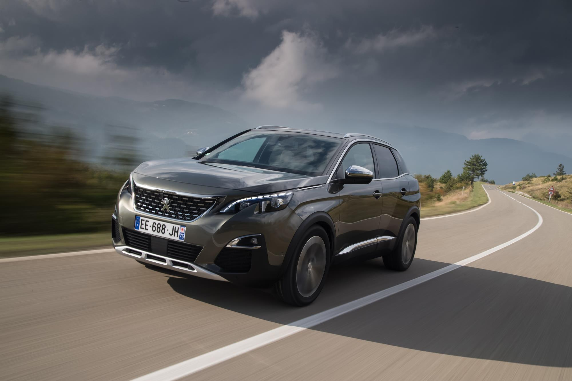 Foto: Peugeot con EAT8