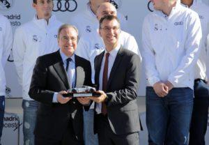 Audi entrega las llaves de los audis para los jugadores del Madrid de baloncesto