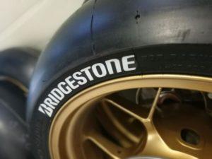 Los neumáticos de la RFME