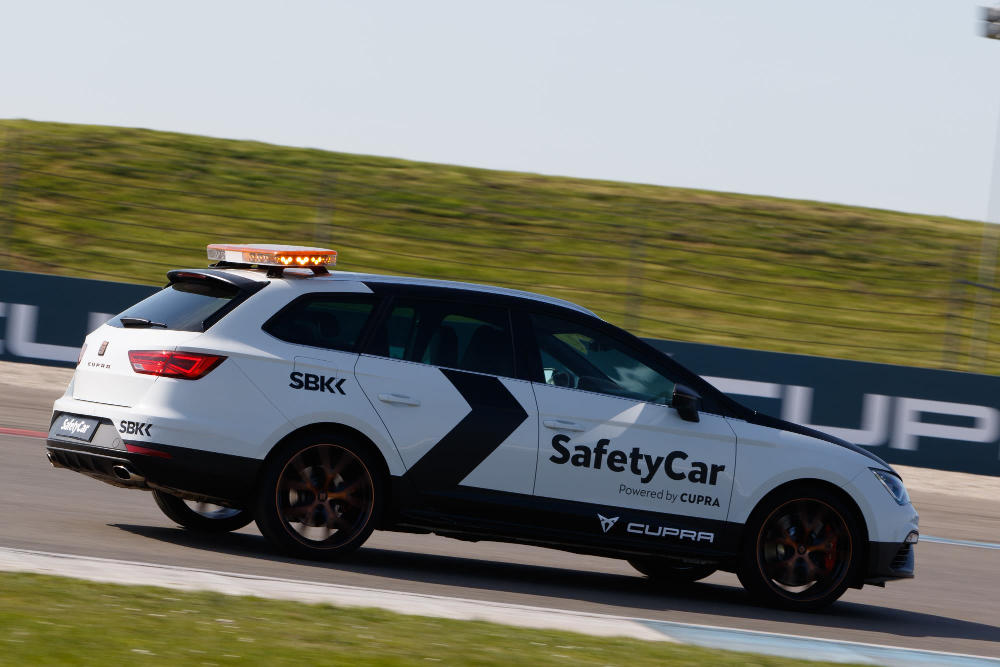 El safety car de Superbikes el León Cupra