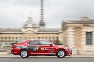 El coche de Skoda en el Tour