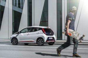 Toyota Aygo se adapta a la generación millenial