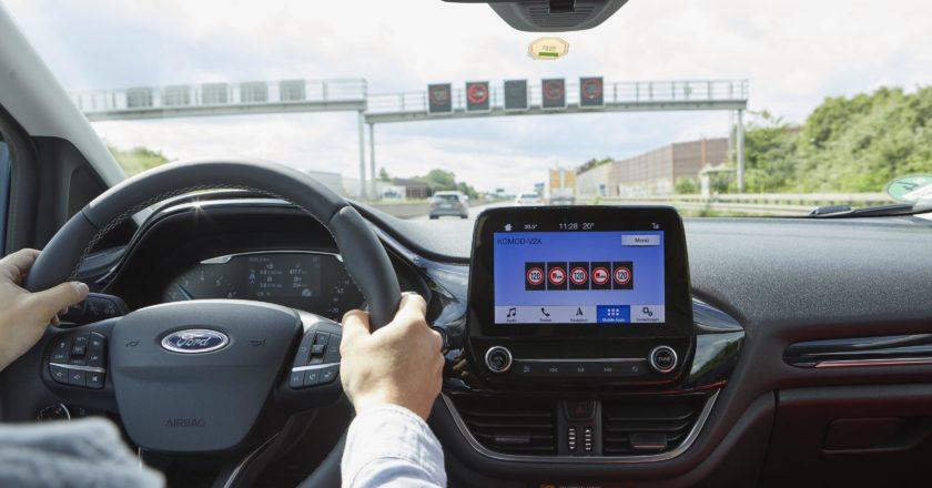 Ford y Vodafone prueban una tecnología para encontrar aparcamiento