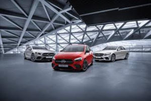 Tres vehículos del nuevo renting de Mercedes