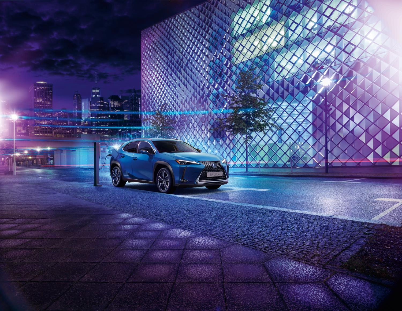 Un vehículo Lexus, que ha llegado a las 10.000 unidades vendidas